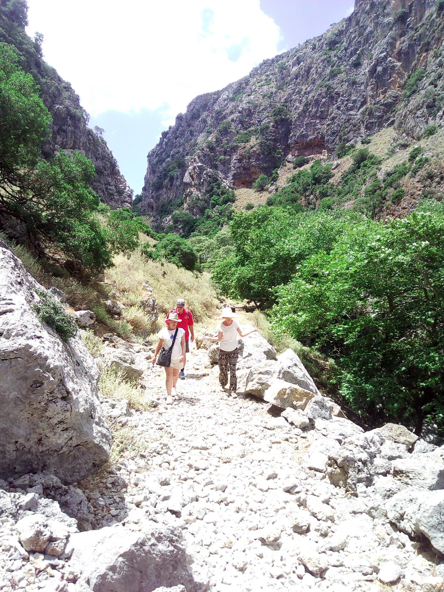 Walk Sirikari Gorge